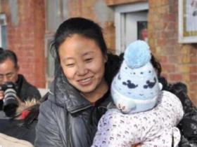 """双面人李利娟:收养118个孤儿的""""爱心妈妈"""",却是恶魔面孔"""