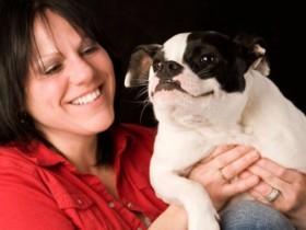 美国一只警犬殉职之后 小女孩捐出自己所有的零花钱