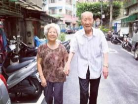 日记:特意来陪这位88岁的老太太聊聊天,任由她询问